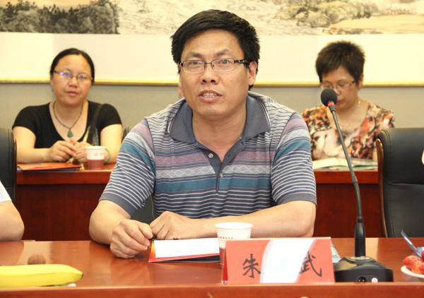 如东县马塘中学副校长一行来校考察交流